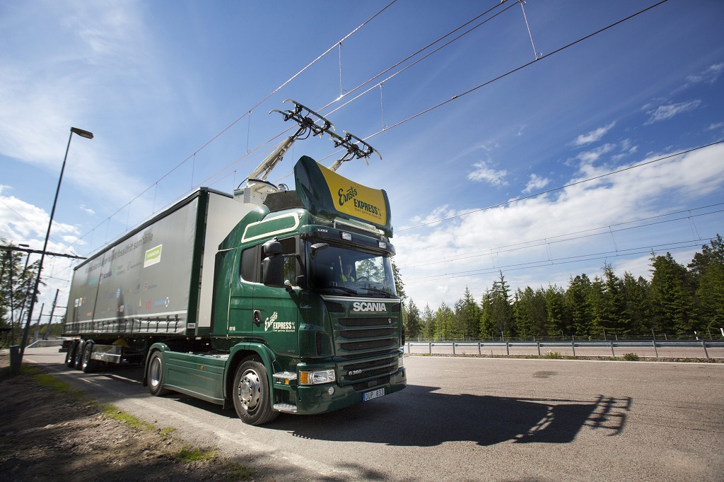 электрическая дорога для грузовиков