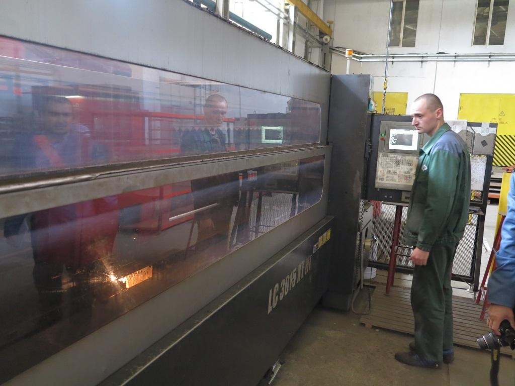 Суперсовременный станок лазерной резки металла