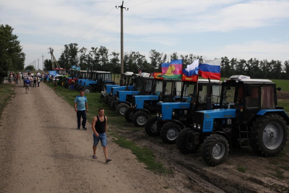 Тракторный марш на Москву или палки в колеса