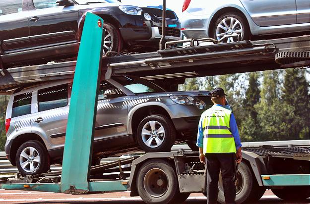 Импорт легковых авто в Украину вырос на 80%