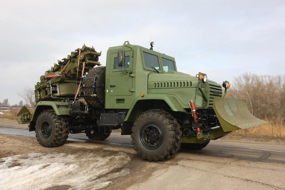 Бронированный КрАЗ - в качестве землеройной машины