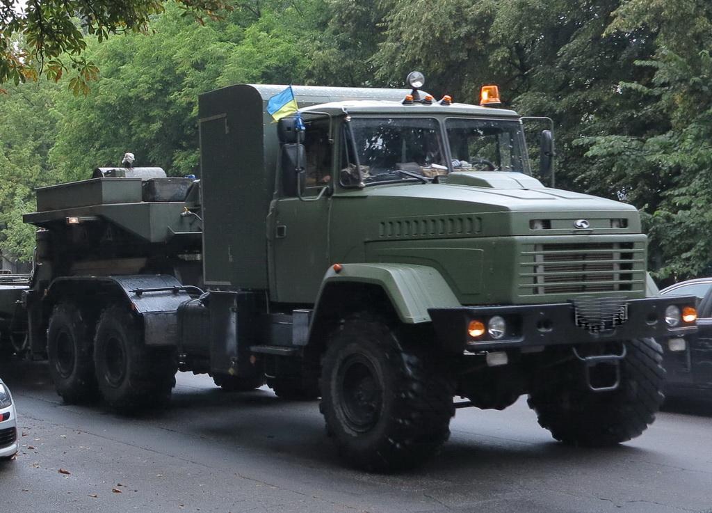 КрАЗ-6446 (6х6)