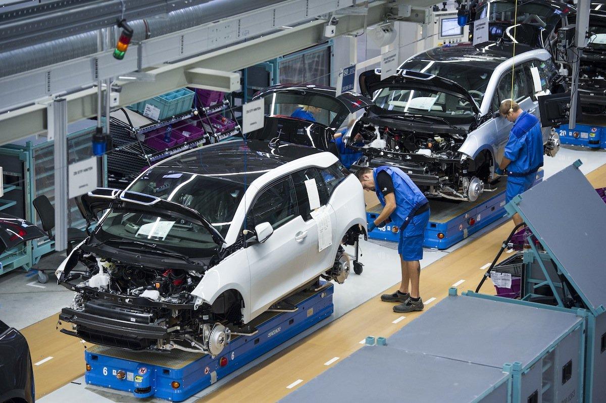 automobile car assembly line