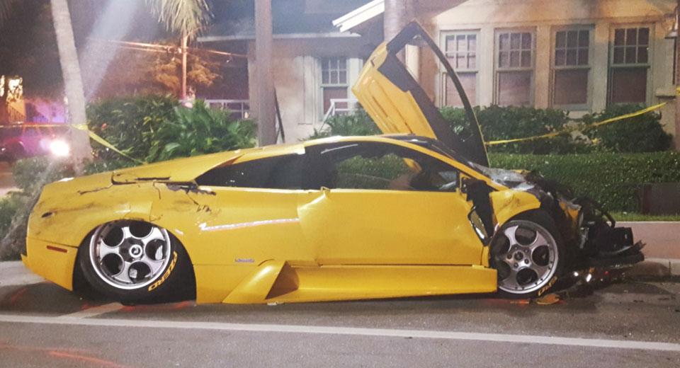 Пенсионеры устроили гонки на Lamborghini и Porsche с печальным финалом