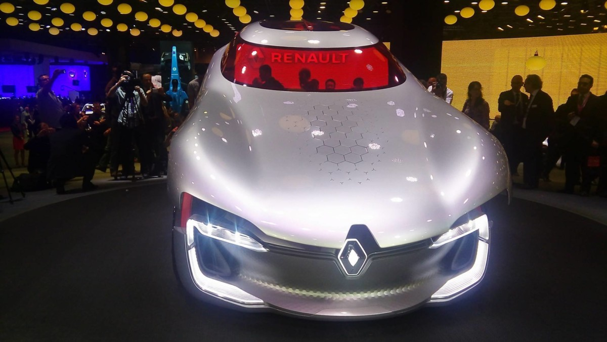 Renault Trezor. Новейший электрический спорткар представили в Париже