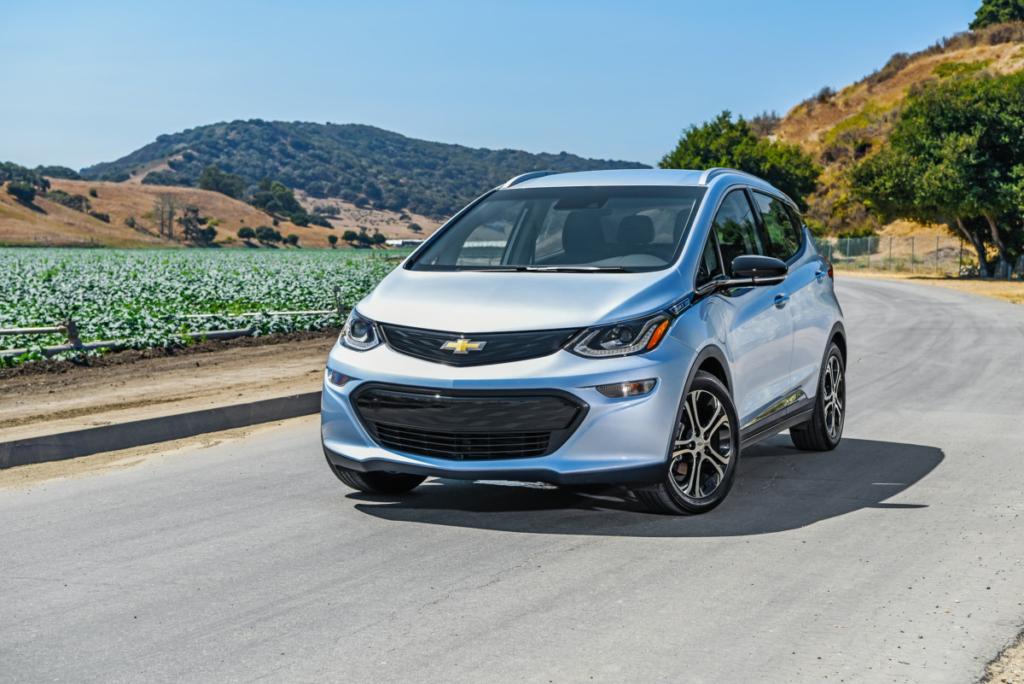 Болт вам, а не Тесла. Chevrolet Bolt проезжает 410 км без подзарядки