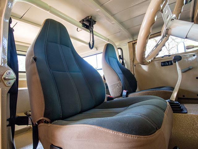 Land Cruiser 70 годов, скрещенный с современным Lexus