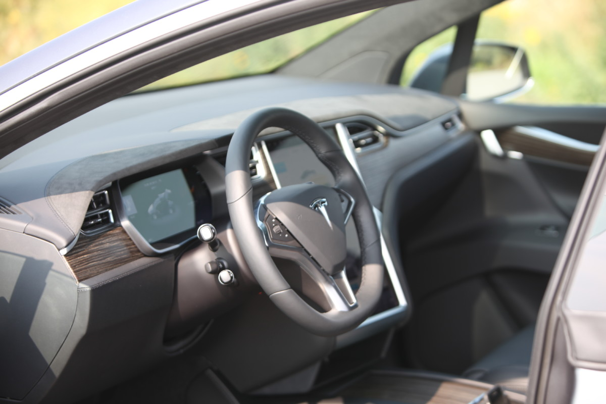 Tesla Model X. Обзор первого в Украине электрокроссовера Тесла