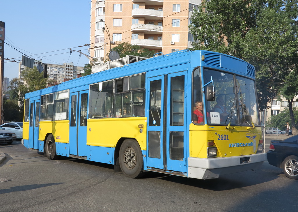 Троллейбус К12.04