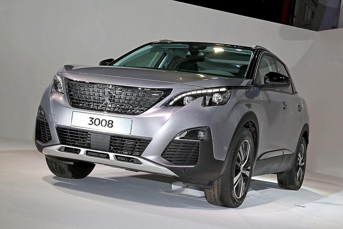 Новый Peugeot 3008 кардинально изменился как снаружи, так и внутри
