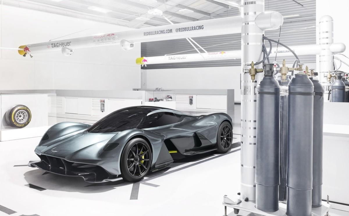 Гиперкар Aston Martin AM-RB 001 собрал втрое больше предзаказов