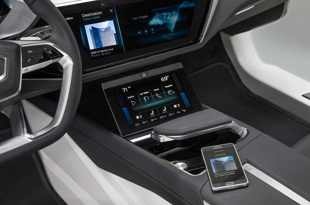 Audi A8 2017 года получит виртуальную приборную панель и тактильные кнопки