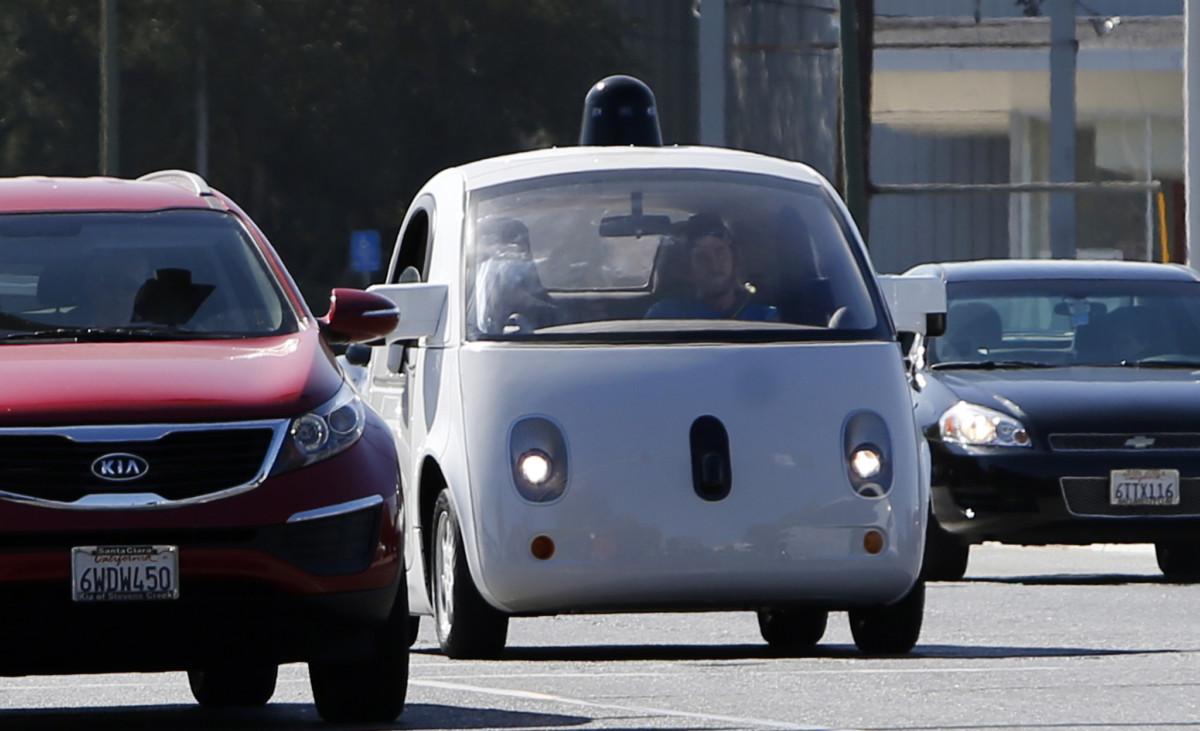 Google-мобиль – беспилотный авто научили видеть полицейских