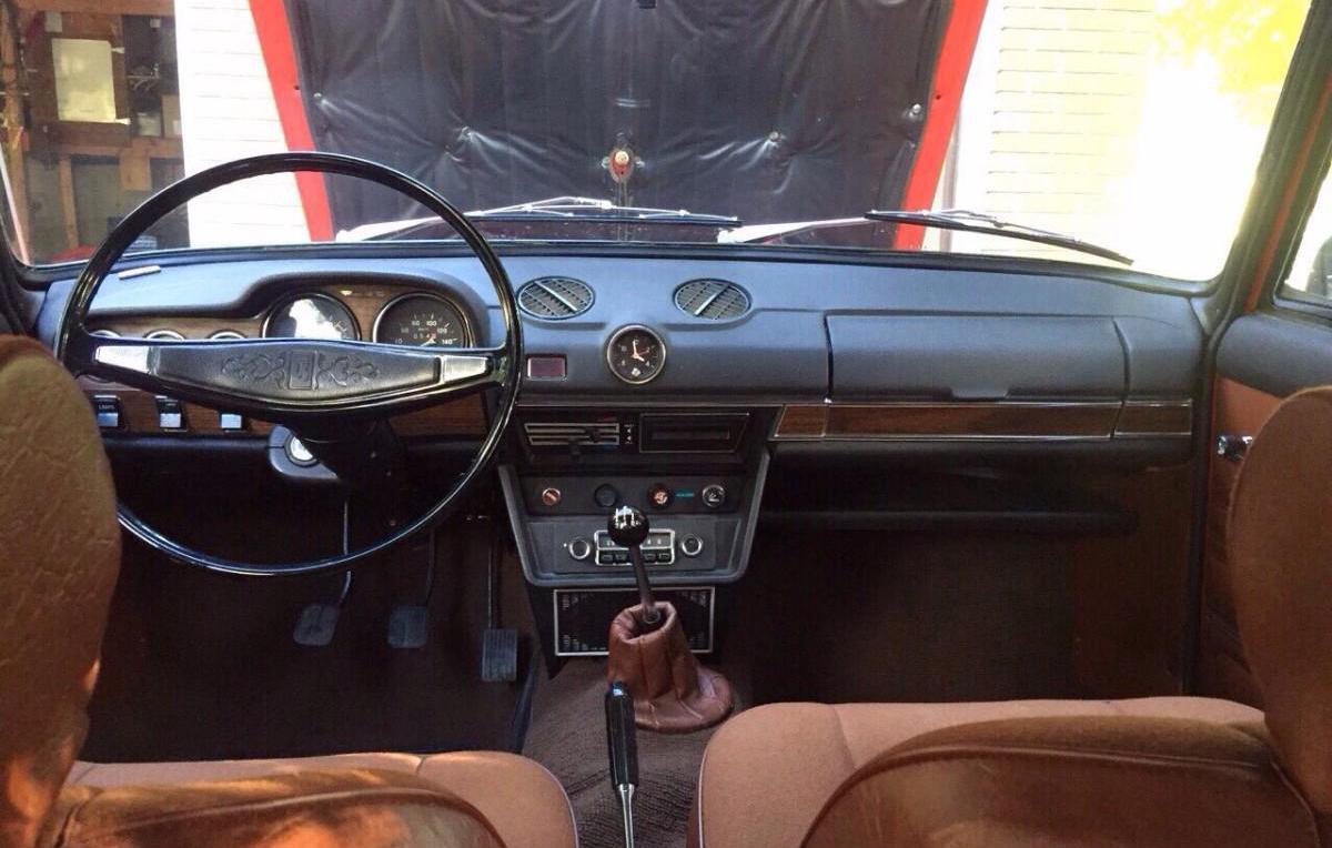 В Канаде старый ВАЗ-2106 продают по цене Porsche Cayenne