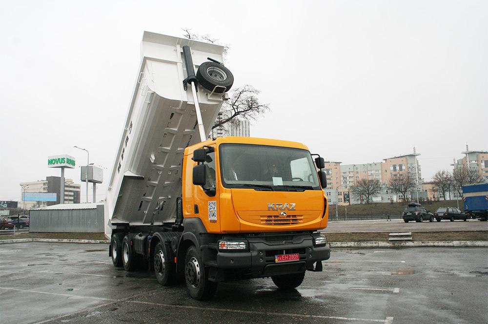 КрАЗ-7133С4 (8х4)