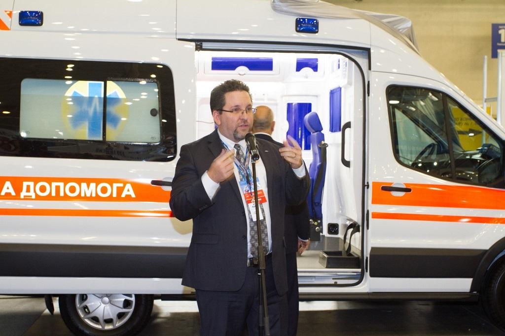 Медичні автомобілі Ford презентували в Києві
