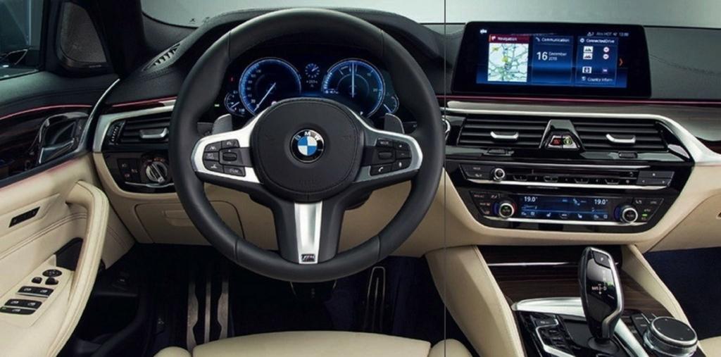 Новая БМВ 5. Интерьер BMW 2017
