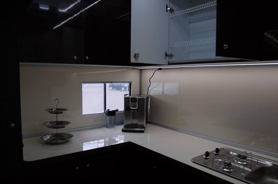 МАЗ-631223: белорусский офис на колесах с кухней, кабинетом и санузлом
