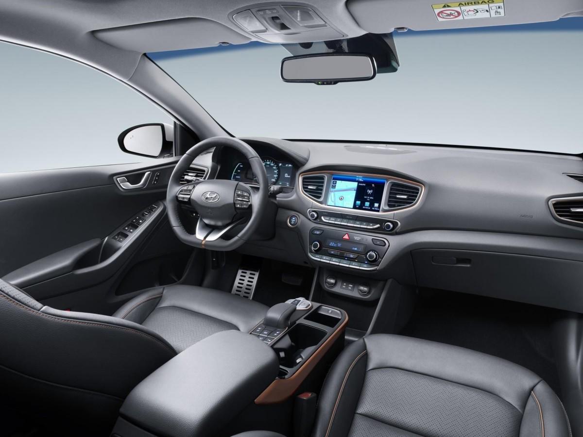 Электромобиль Хёндай IONIQ появился вУкраинском государстве