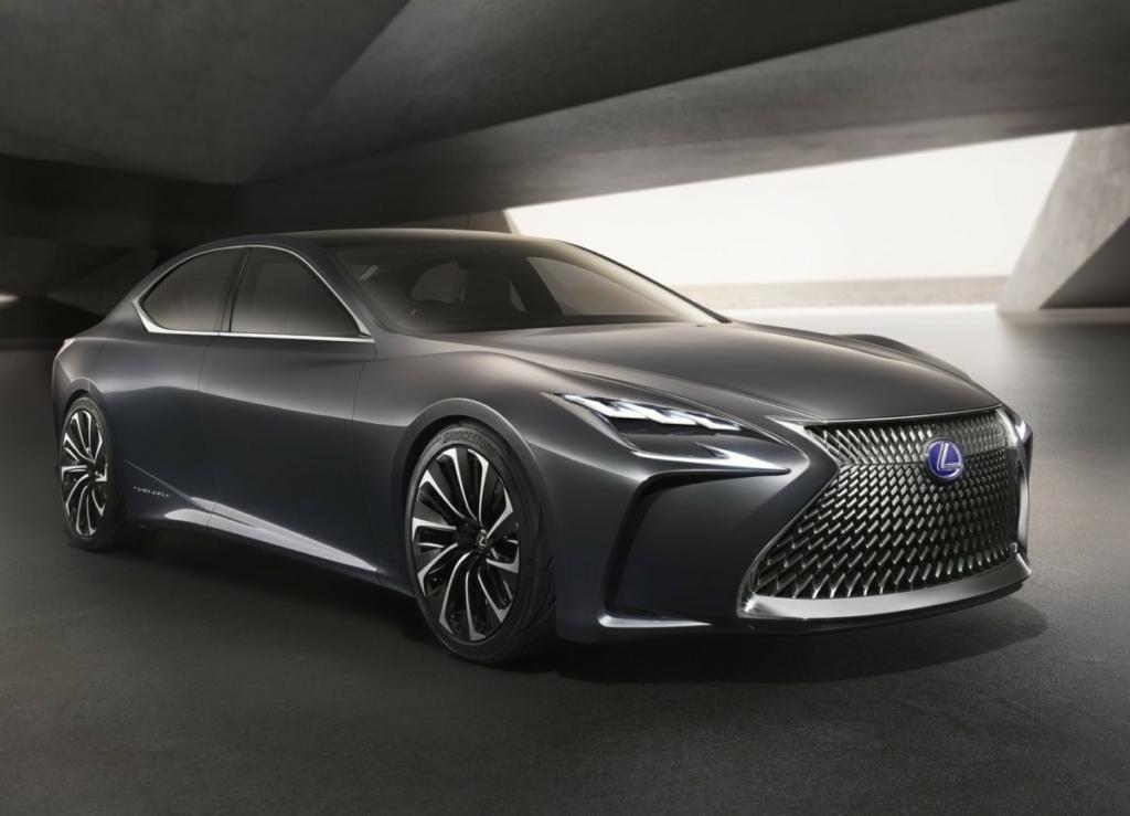 Каким будет новый седан Lexus LS