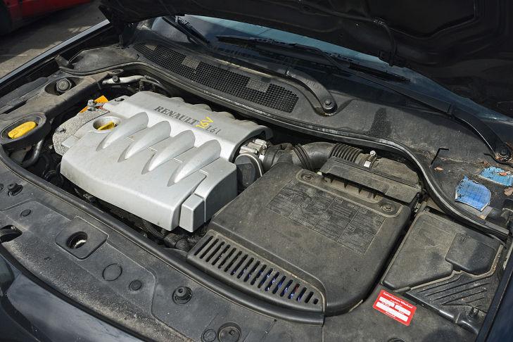 motor-renault-m-gane-729x486-1a9f31d181d99491