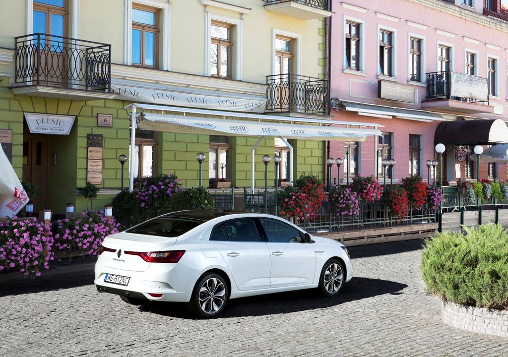 renault-megane-sedan
