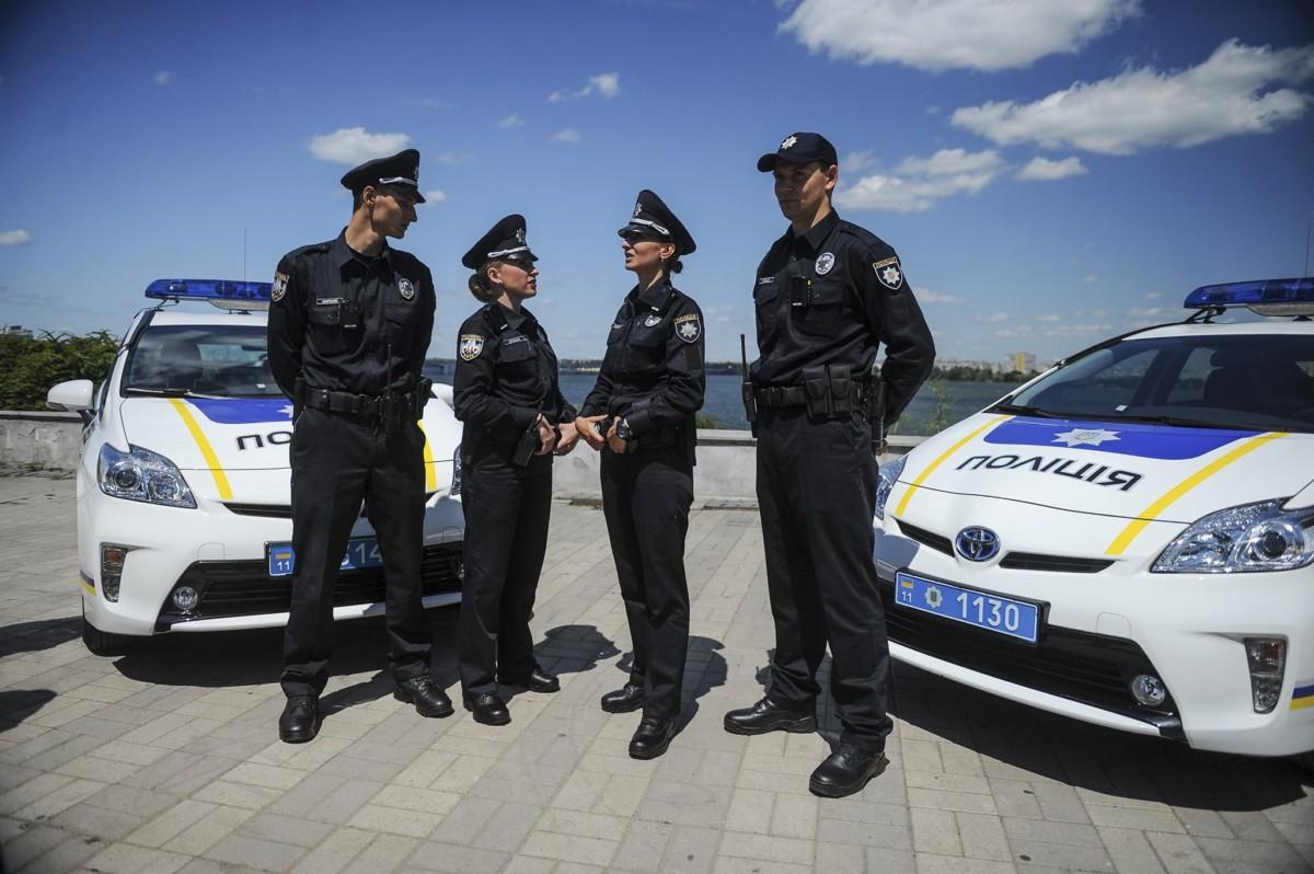 В Украине могут запретить покидать авто при остановке полицией