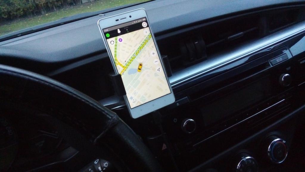 Сервис Яндекс.Такси начинает работу в Украине