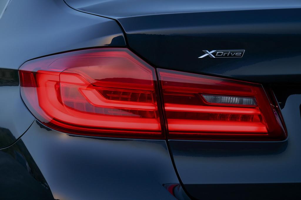 BMW 5 серии Седан