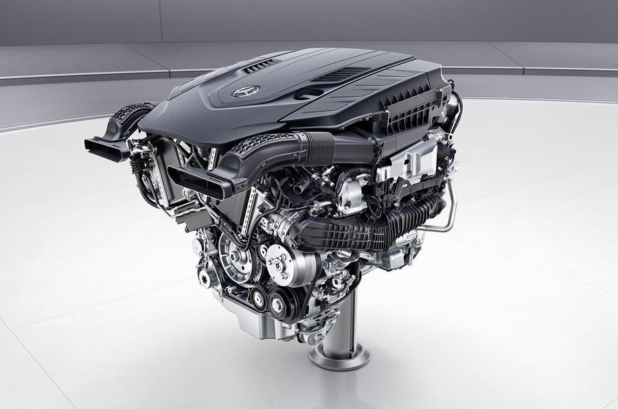 Седан Mercedes Benz S-Class первым получит новые двигатели Мерседес