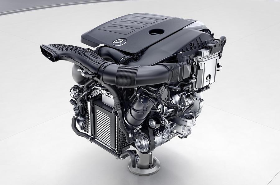 Седан Mercedes-Benz S-Class первым получит новые двигатели Мерседес
