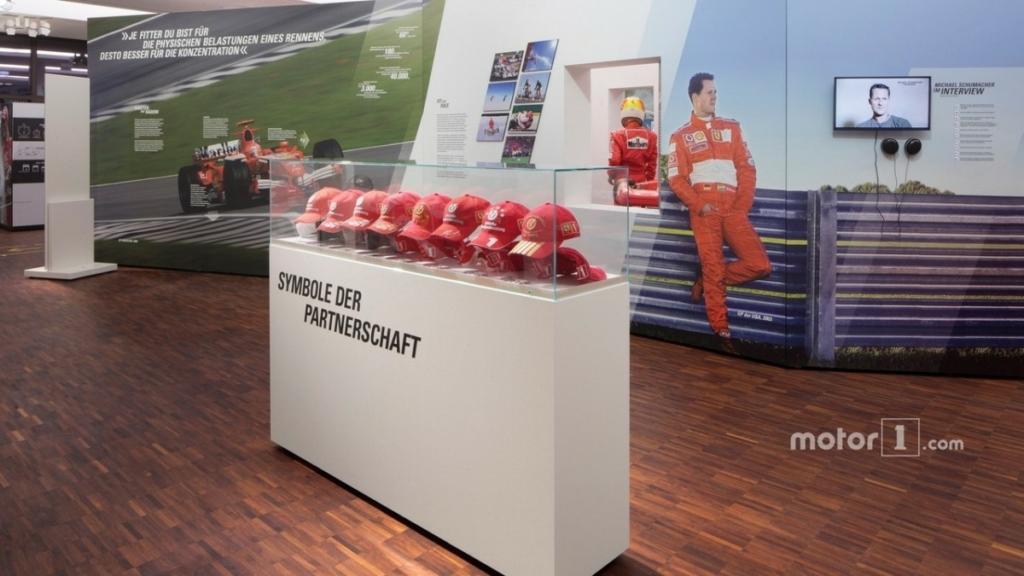 Машины Шумахера показали на выставке в Кельне