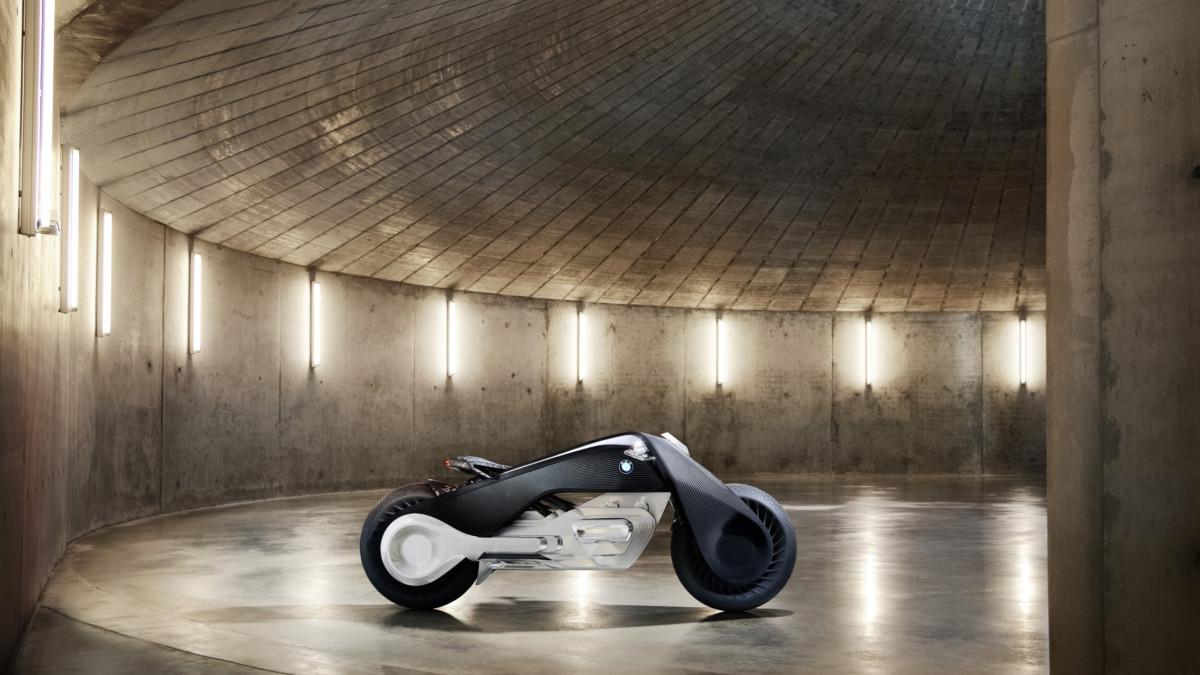 Какими мотоциклы BMW будут в недалеком будущем
