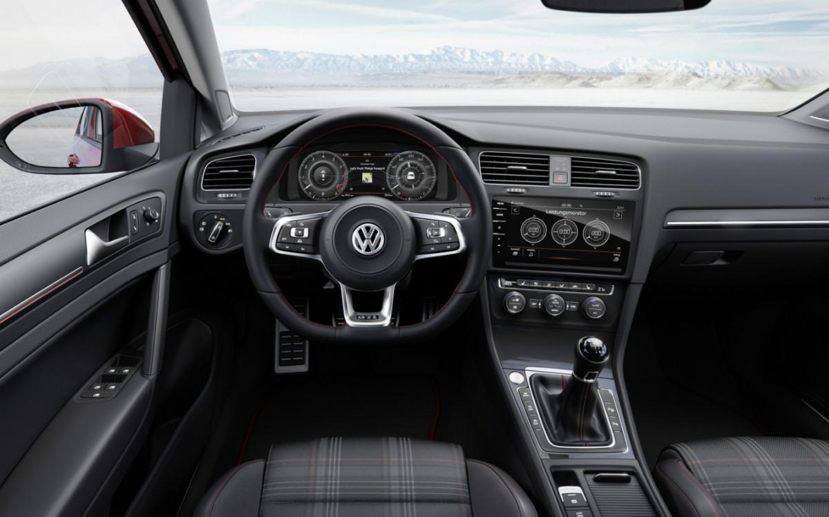 2017-vw-golf-gti-interior