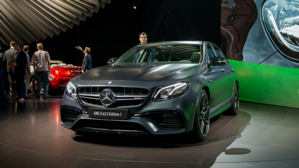 Заряженный седан Mercedes-AMG E63 дебютировал в Лос-Анджелесе