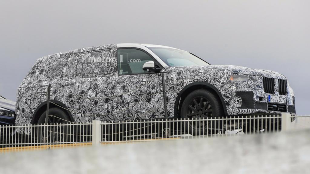 Семиместный BMW X7 составит конкуренцию Range Rover