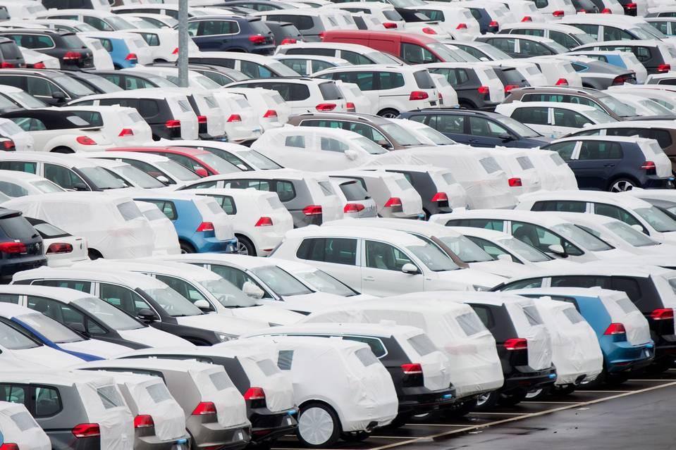 Продажи новых авто в Украине. ТОП-20 бестселлеров