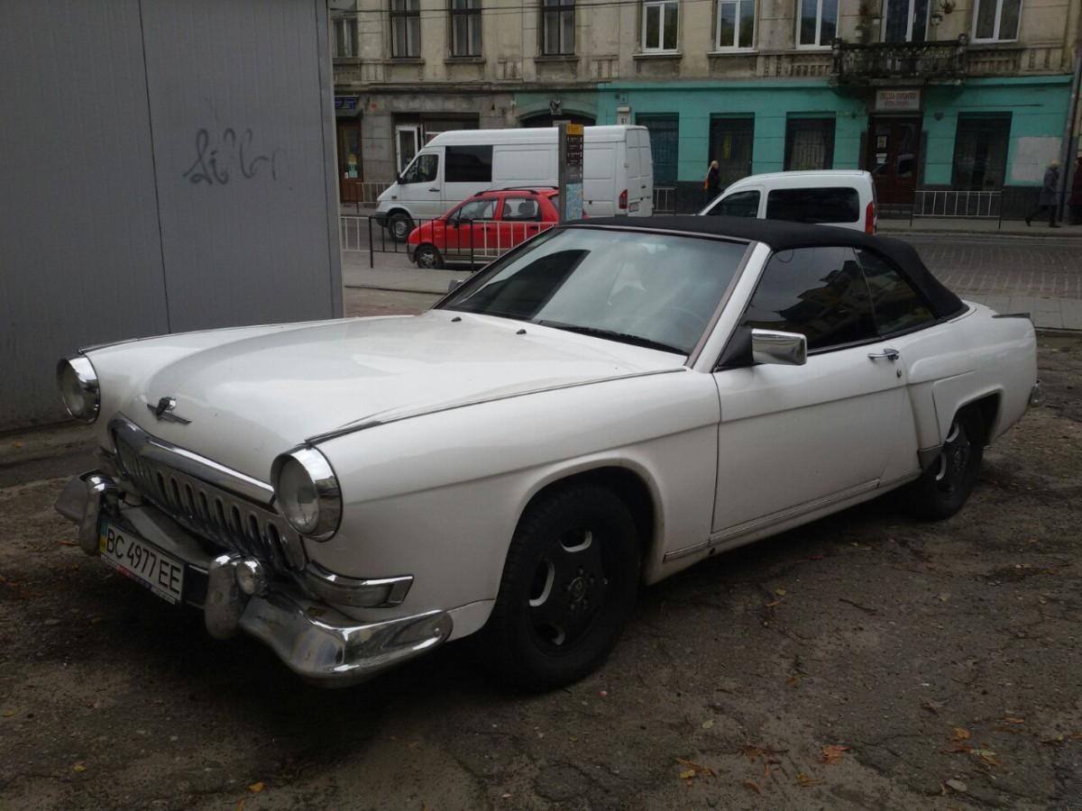 ГАЗ 21 Волга-Мерседес во Львове – ретро кабриолет W124