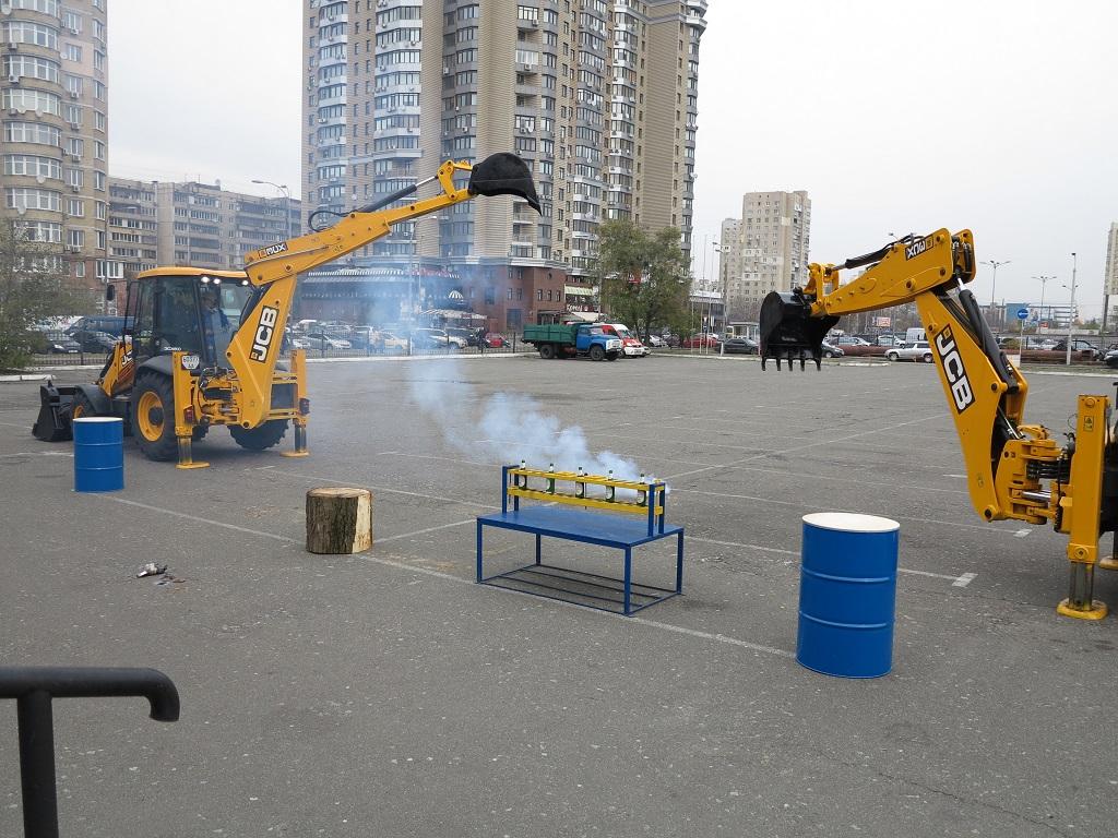 Шоу-экскаваторов от АК «Киевводоканал» прошло в столице