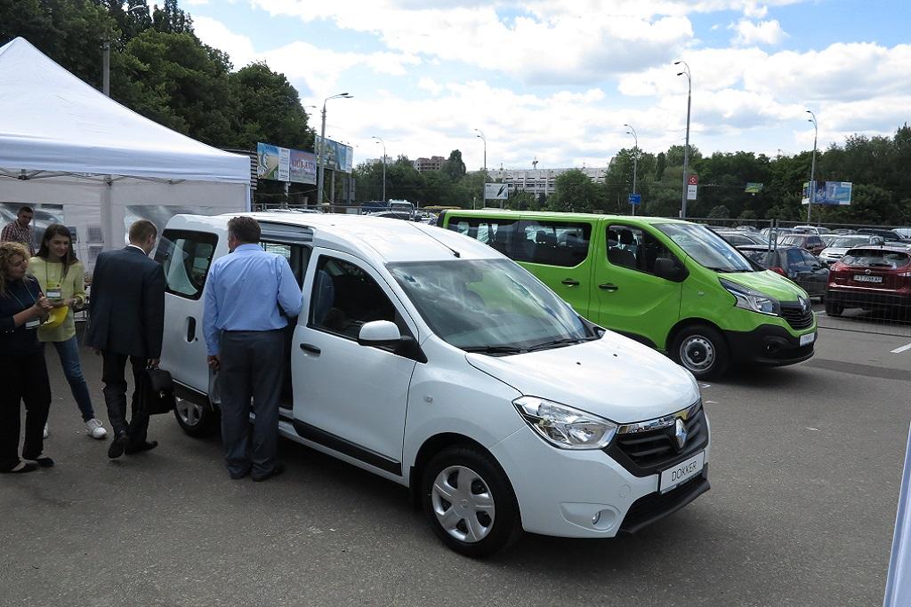 Развозные автомобили в Украине: пять самых популярных брендов