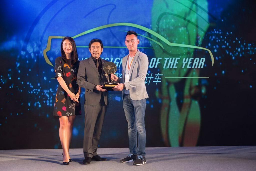 Новый кроссовер Мазда  CX-4 получил награду залучший дизайн