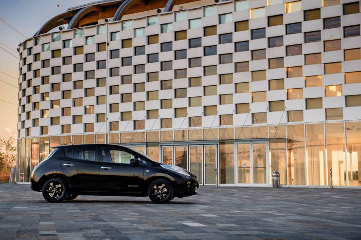 nissan-leaf-black-edition-2016