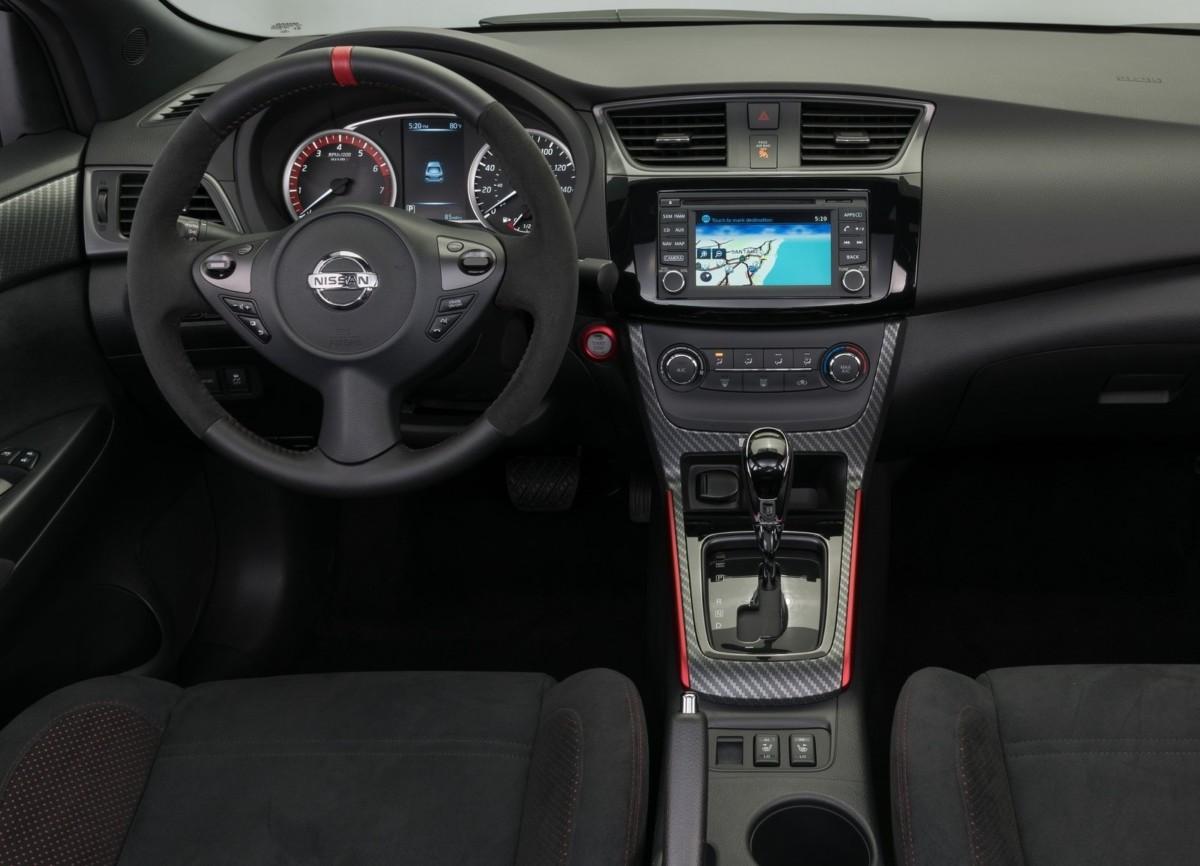 Заряженный седан Nissan Sentra Nismo – первые фото и подробности