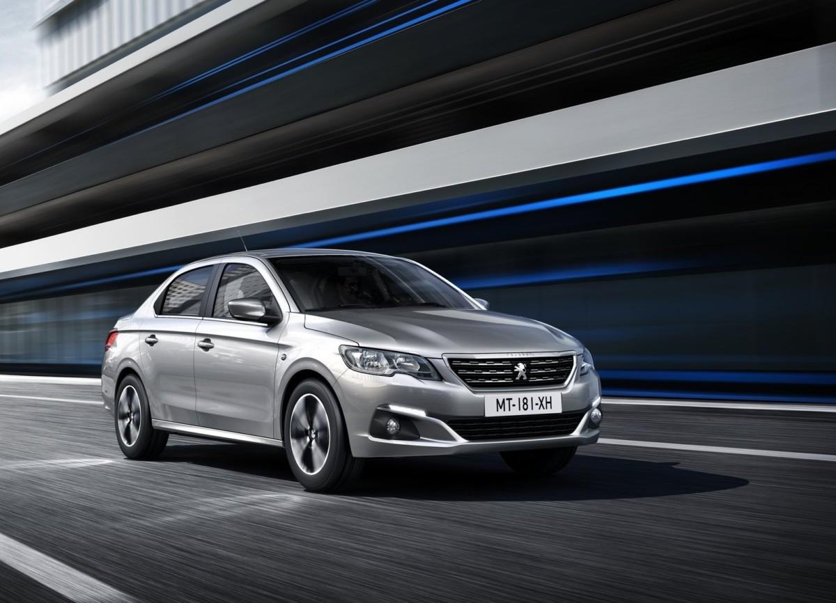 Седан Peugeot (Пежо) 301 получил новое лицо икрутую мультимедиа