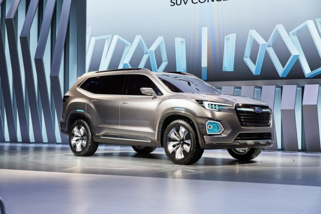 В США показали большой 7-местный внедорожник Subaru Viziv-7