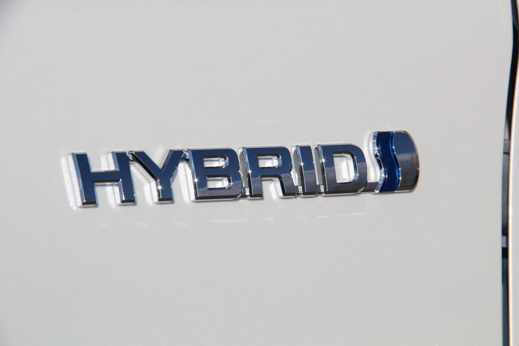 toyota-rav4-hybrid