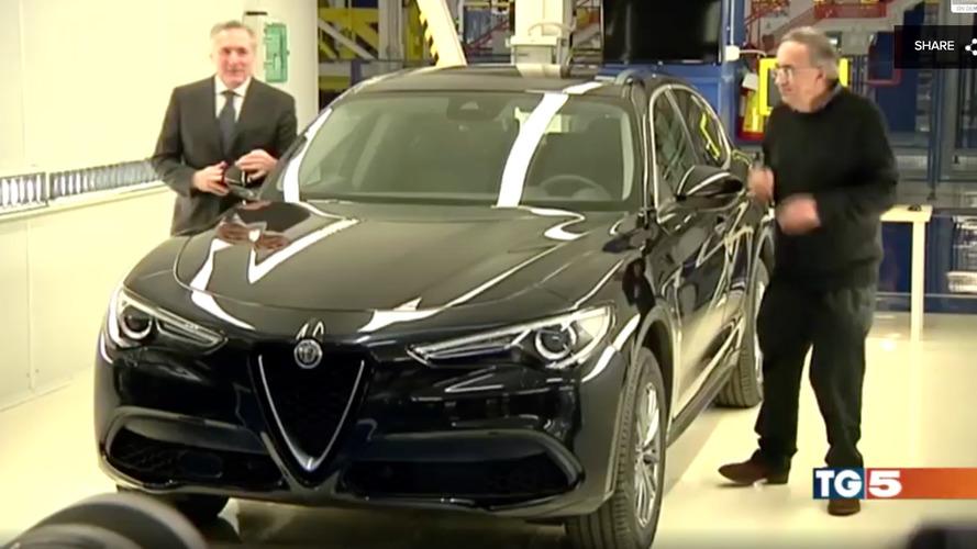 Новый кроссовер Alfa Romeo Stelvio показали в базовом исполнении