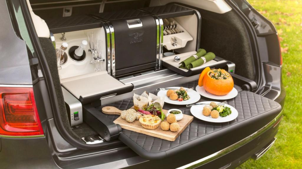 Столик для пикника – аксессуар для Bentley Bentayga за $27 500