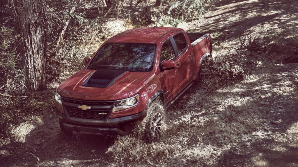 В США показали пикап Chevrolet для серьезного бездорожья