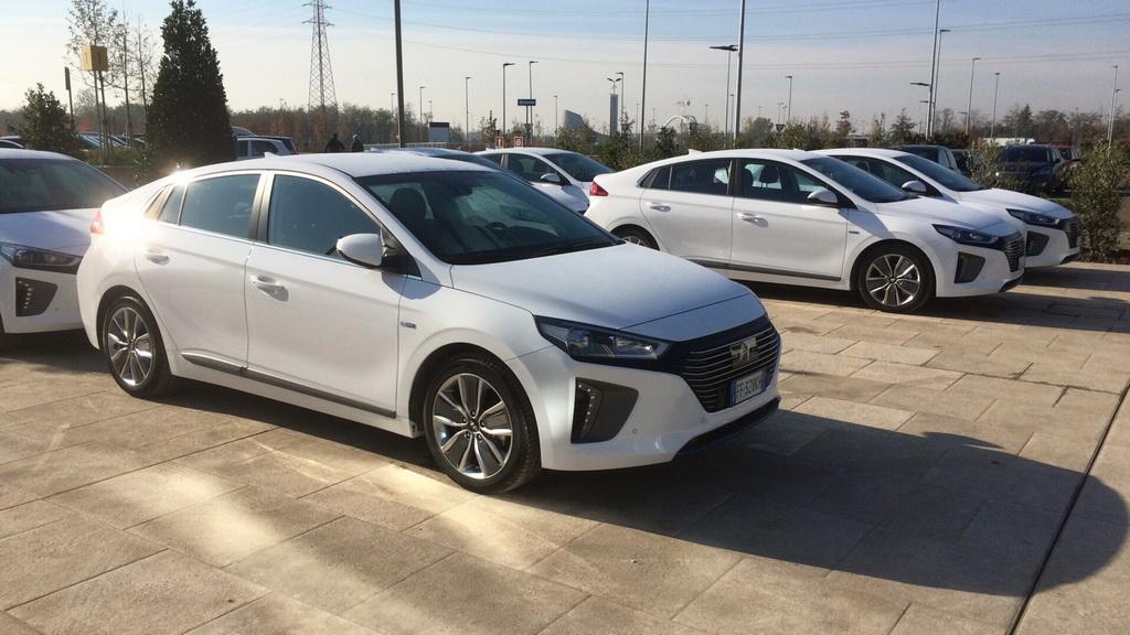 Hyundai IONIQ. Цены и характеристики